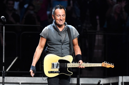 bruce-springsteen-msg-2016-perform-billboard-650-1548